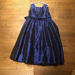 Taffeta style girl's dress